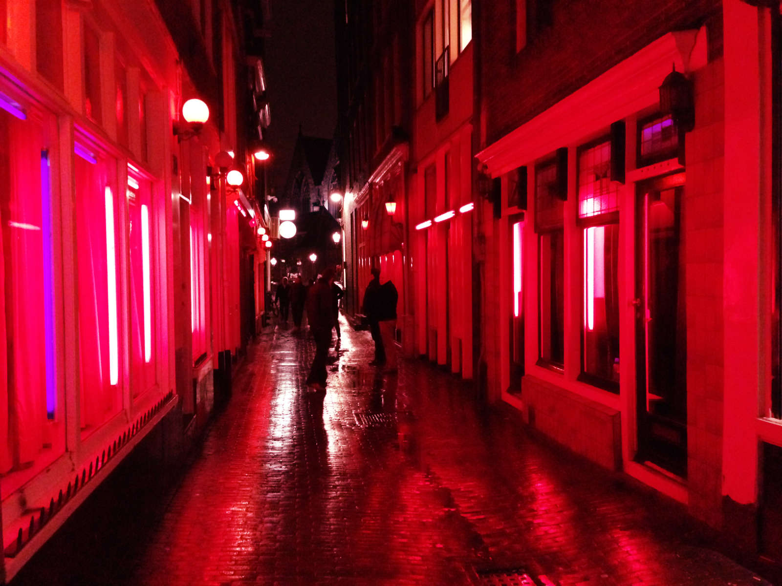 how much red light district amsterdam